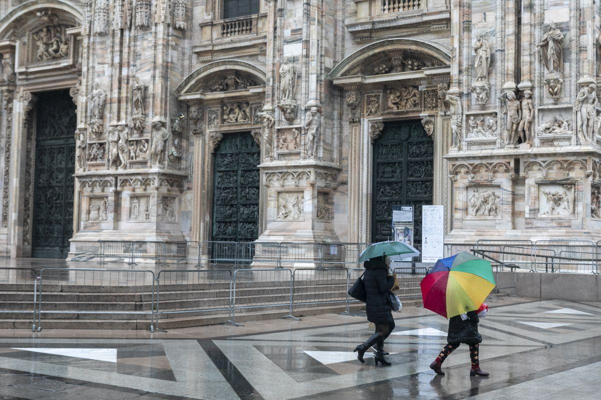 """Covid, da domani l'Italia torna """"a colori"""""""