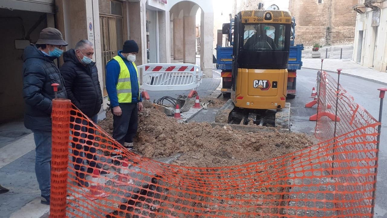 Iniziati i lavori per riparazione cedimento in Corso Vittorio Emanuele