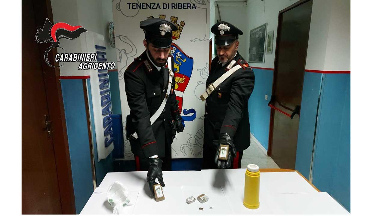 In casa con 280 grammi di hashish, arrestato 22enne riberese. Ribera snodo di spaccio