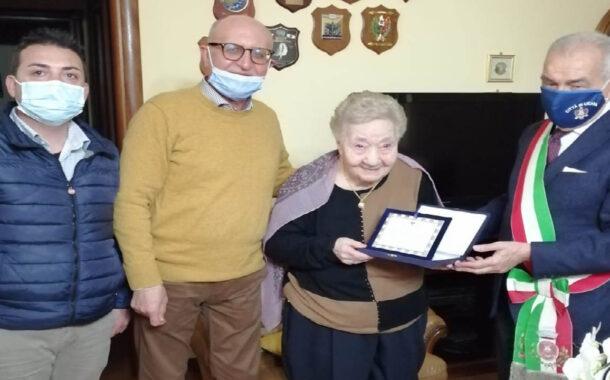 A Licata 100 candeline per nonna Giuseppina Alaimo
