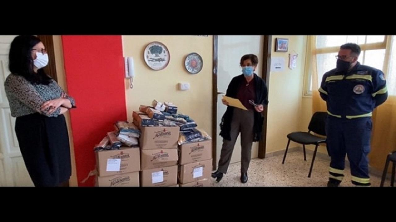 Discoverplaces. Angela De Michele premiata con 100 kg di pasta, devoluta ai bisognosi