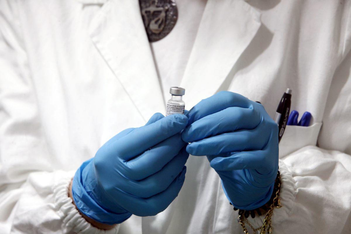 Vaccini, 4,2 milioni di dosi alle Regioni tra 15 e 22 aprile