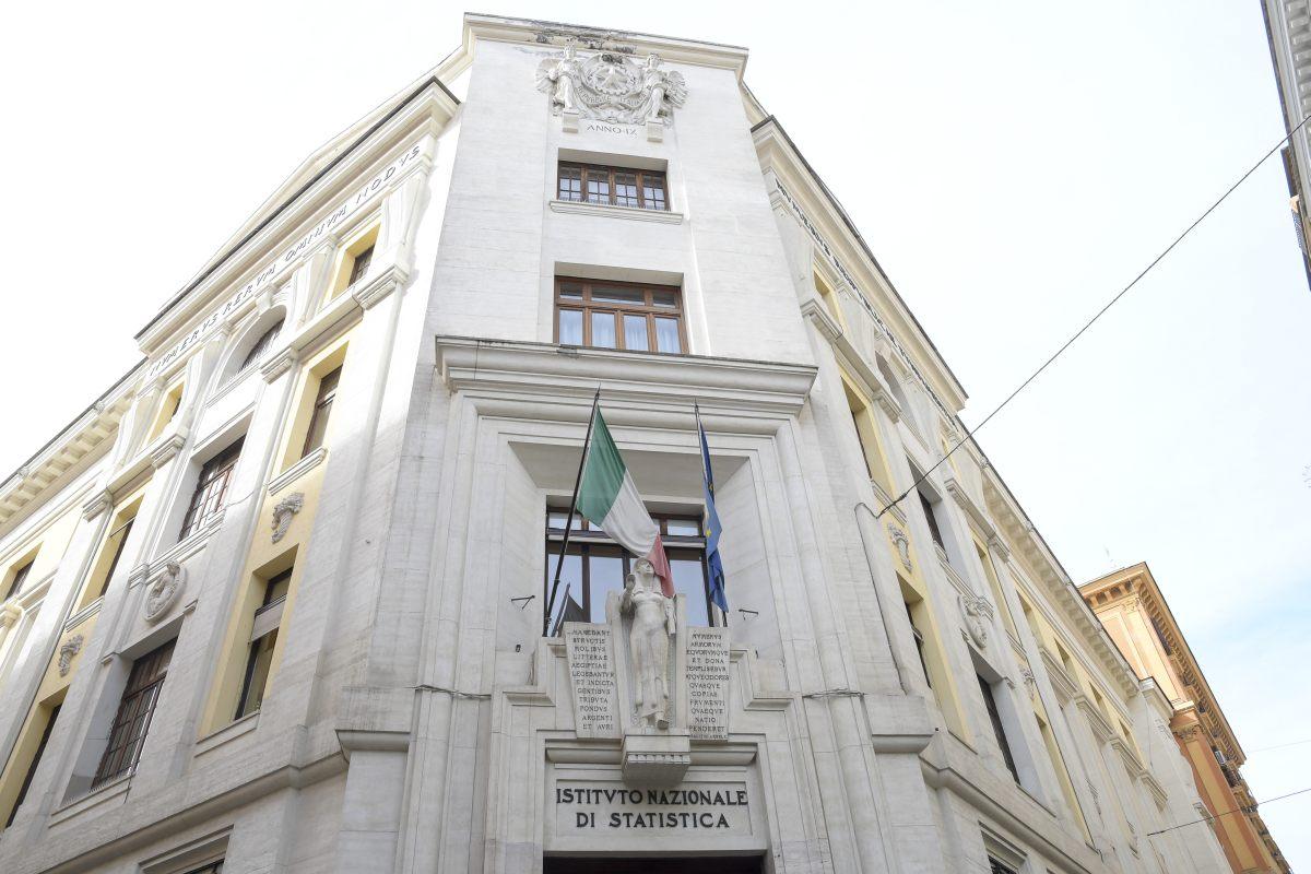 "Istat ""Aspettative positive per l'industria, più incerte le famiglie"""