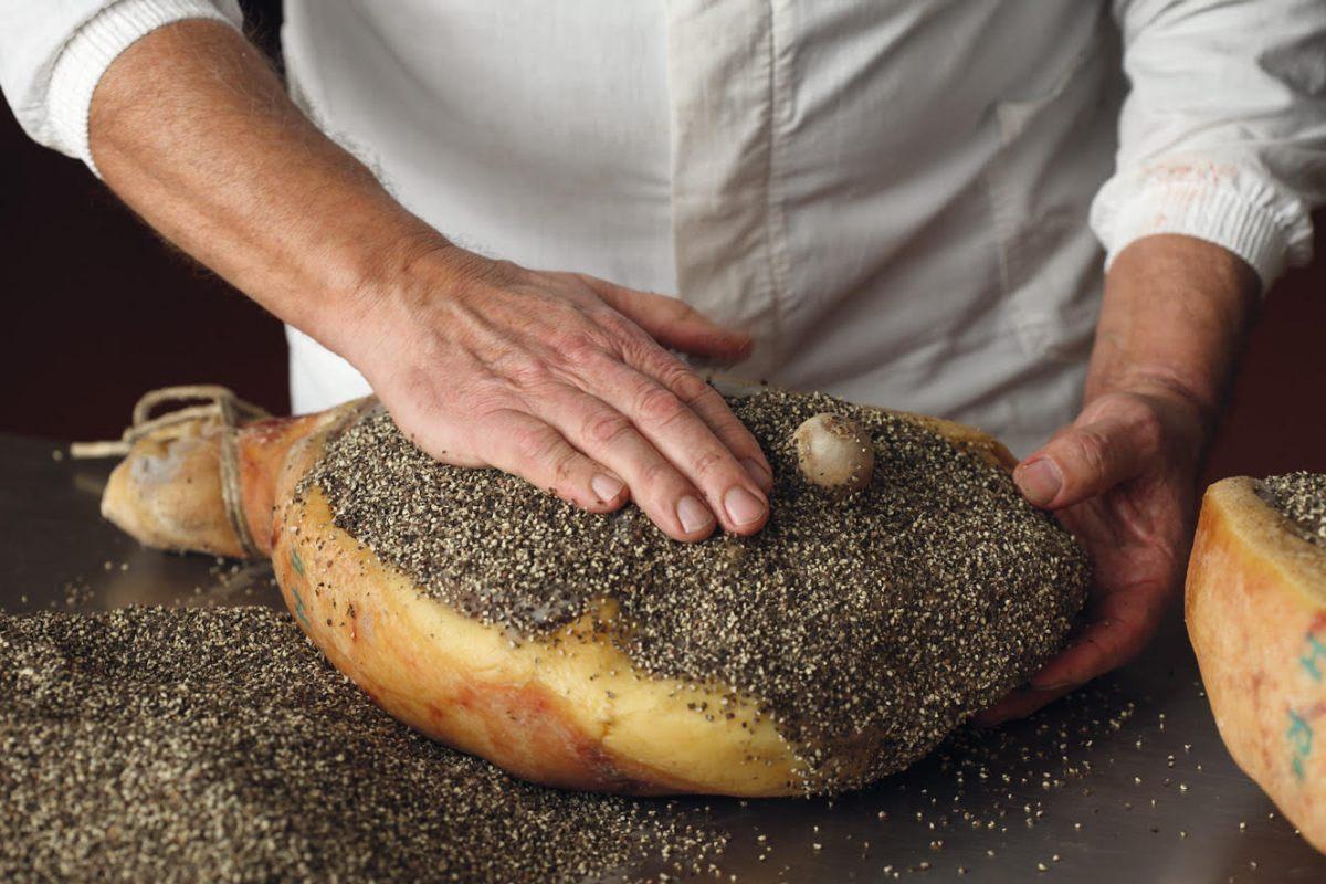 Prosciutto Toscano Dop, nel 2020 produzione in calo