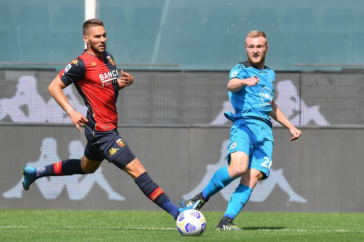 Genoa vince derby ligure, 2-0 a Spezia e salvezza quasi raggiunta