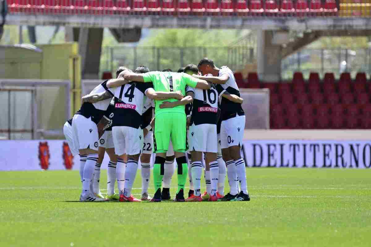 L'Udinese passa a Benevento 4-2