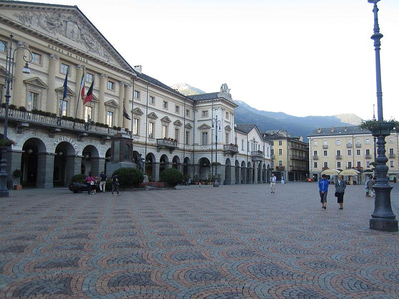 Covid, Valle d'Aosta in zona rossa, 5 regioni in arancione: c'è anche la Sicilia