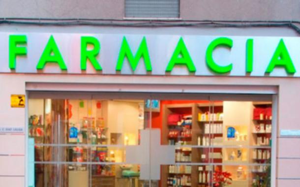 Tamponi rapidi anche in farmacia