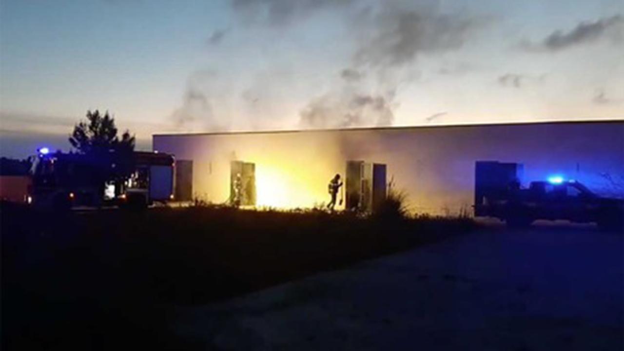 A fuoco l'archivio del Comune di Mazara del Vallo. Probabile natura dolosa