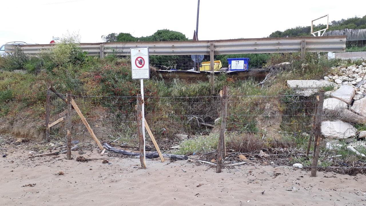 Frana vecchia ordinanza nuova: interdetta strada e spiaggia di S.Marco