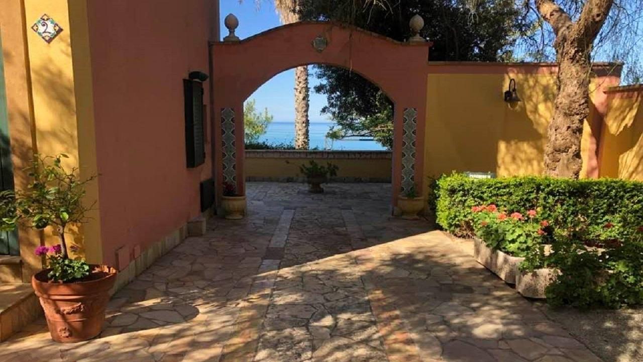 Turismo, See Sicily ok ma parte della stagione è già compromessa