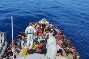 Nuova ondata di sbarchi a Lampedusa, altri avvistamenti nel Mediterraneo