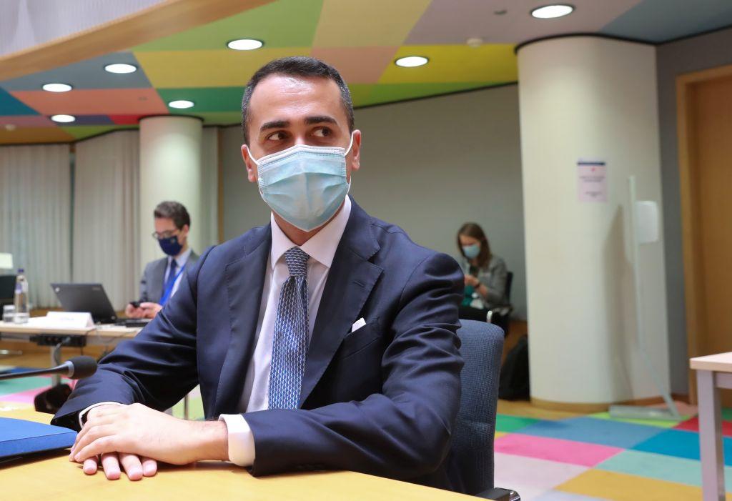 """Covid, Di Maio """"Alleggerire le misure per attrarre turisti in Italia"""""""