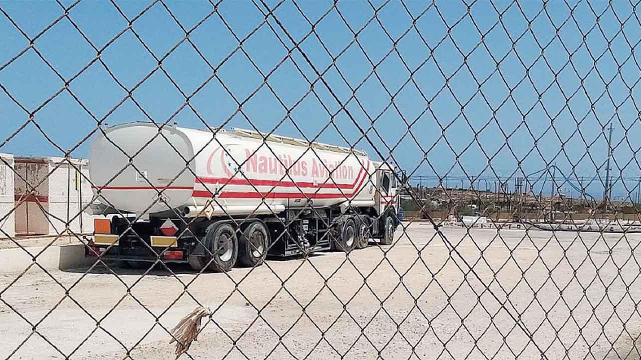 Lampedusa, scattano le verifiche al depositi carburante dell'aeroporto sequestrato