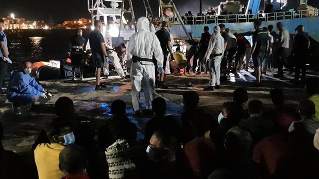 Lampedusa, 4 sbarchi e 532 migranti