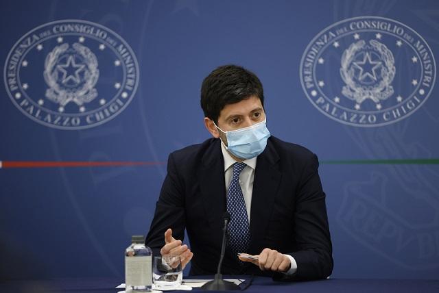 """Speranza """"Messaggio su Astrazeneca chiaro, le Regioni si allineino"""""""