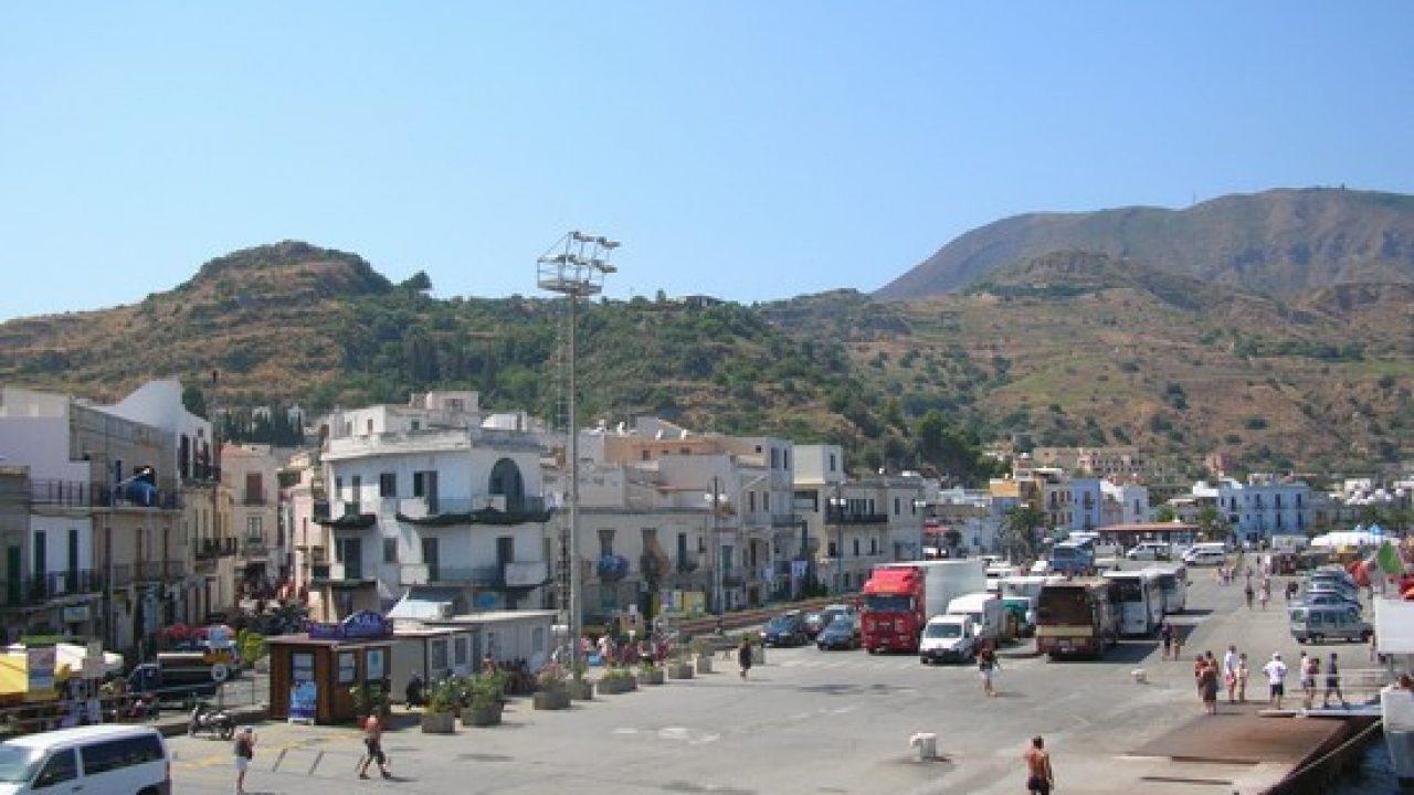 Isole minori, la Regione paga 26 milioni per approvvigionamento idrico, Catanzaro: