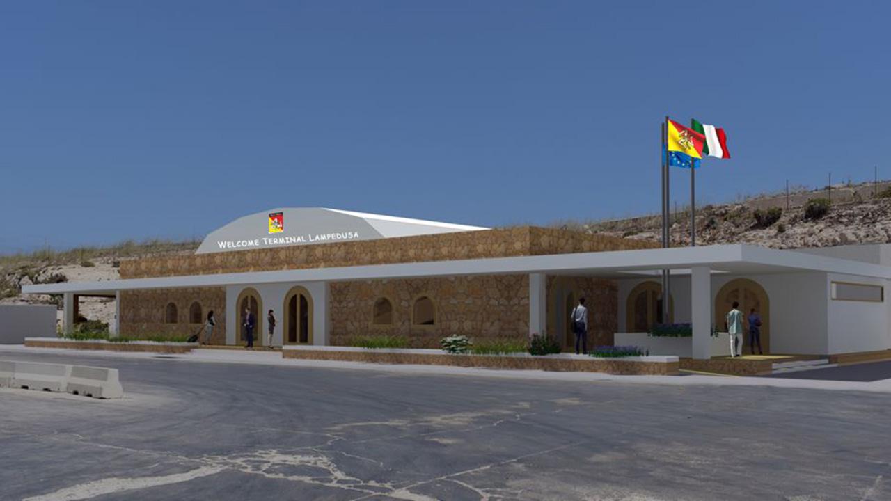 Lampedusa, parte la ristrutturazione della stazione marittima. Musumeci: «Impegno mantenuto»
