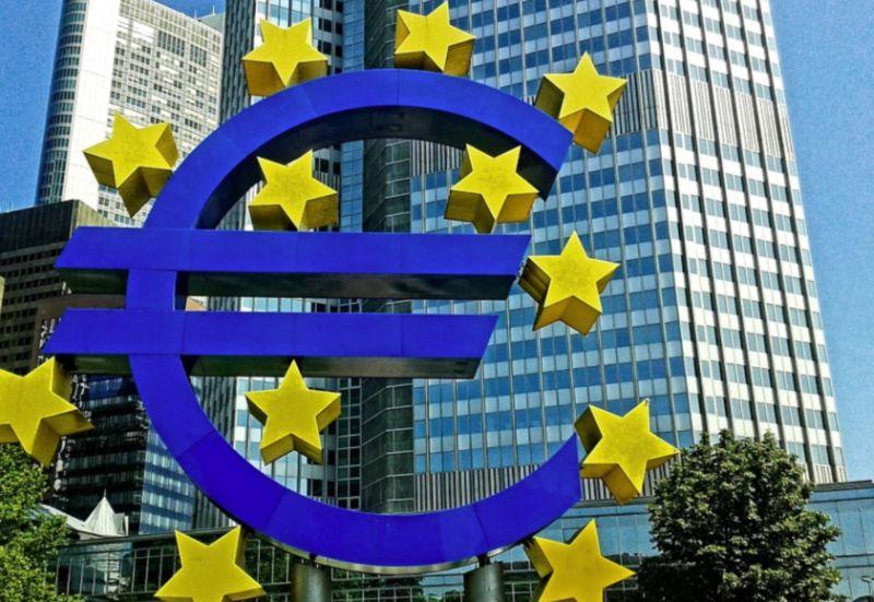 Bce, avviata ripresa area euro ma resta incognita pandemia