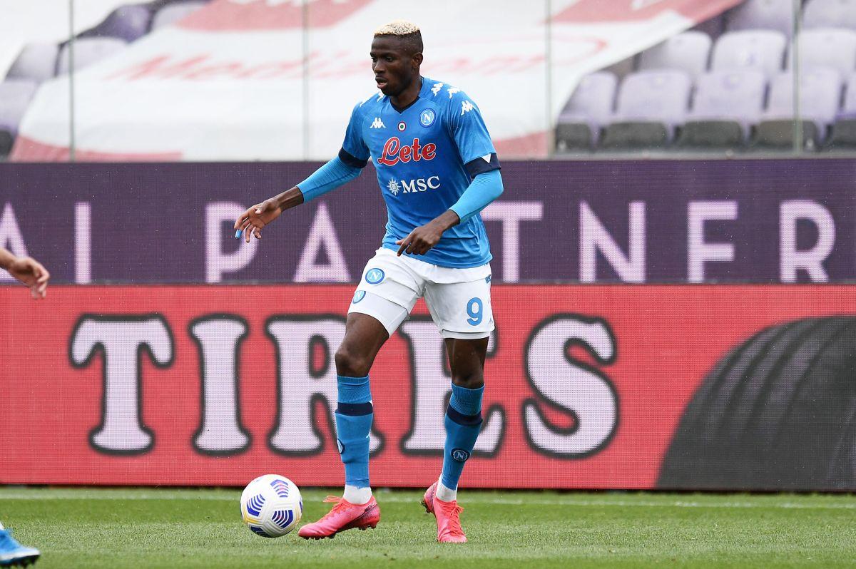 Osimhen regala un punto al Napoli, a Leicester finisce 2-2