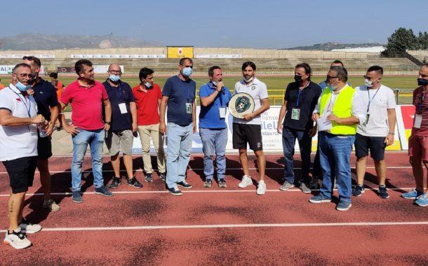 Unitas Sciacca, riconoscimento ad Antonio Abbene, bandiera dello sport saccense