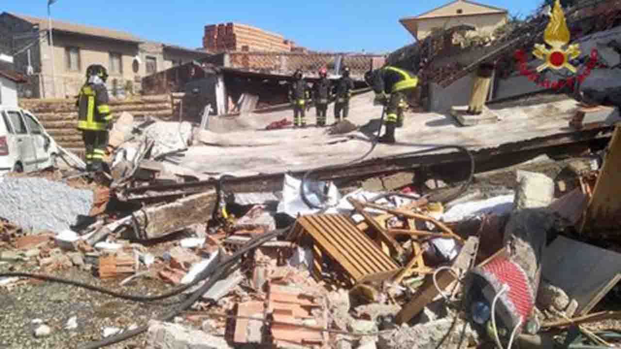 Esplosione a Messina, distrutta bottega
