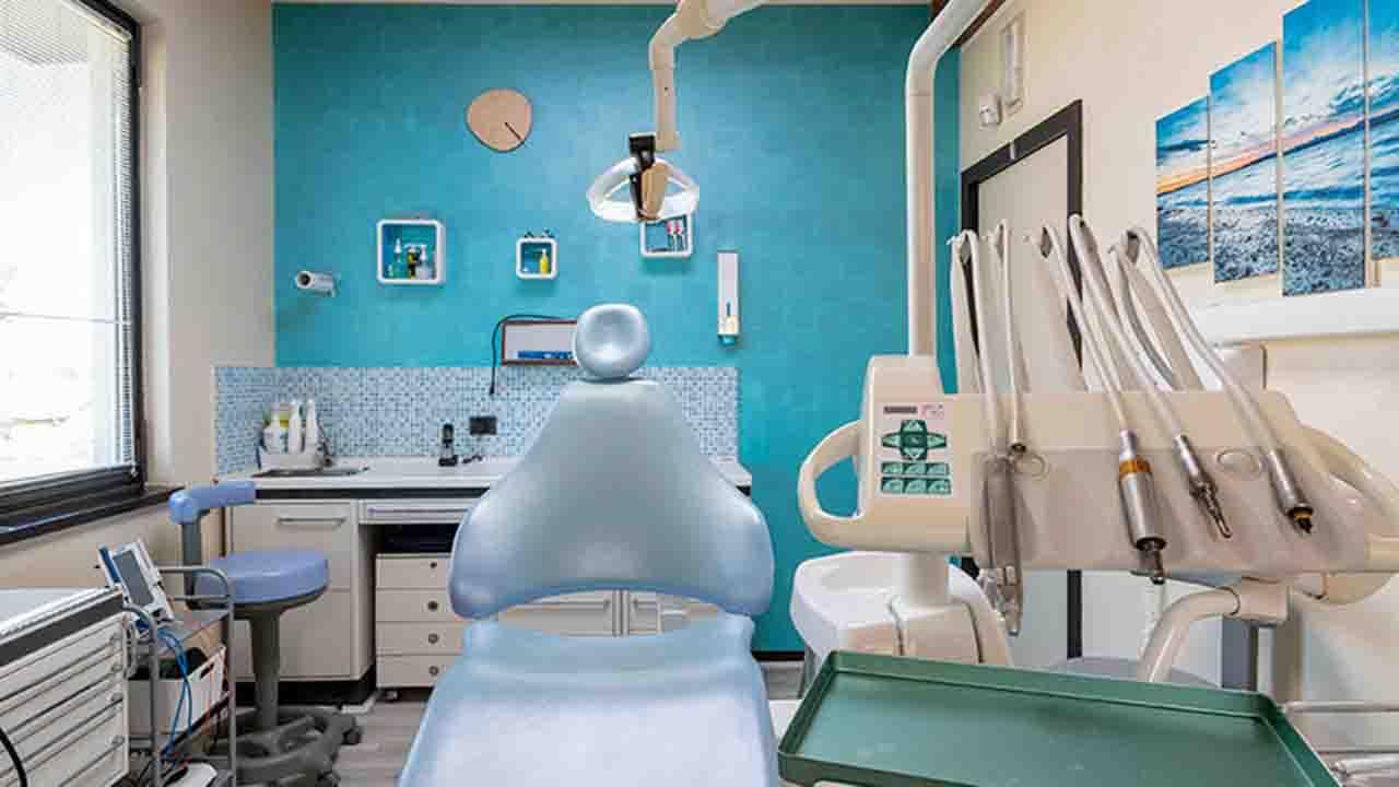 Dopo una lunga battaglia giudiziaria, l'Asp di Agrigento contrattualizza tre strutture odontoiatriche