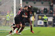 Da 0-2 a 3-2, Verona ko, il Milan vola in testa